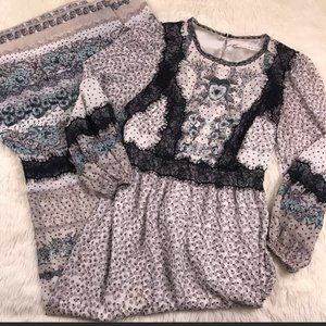 Chelsea & Violet Long Sleeve Maxi Dress